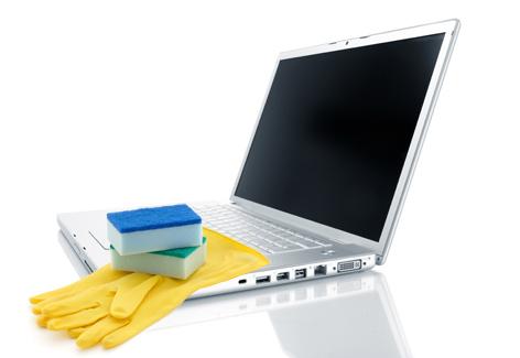 limpiar-laptop-computadora-tecnologia-maestro