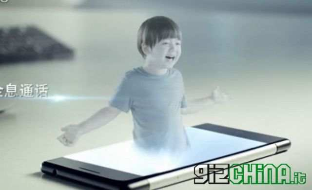 telefono-holograma-tecnologiamaestro_min