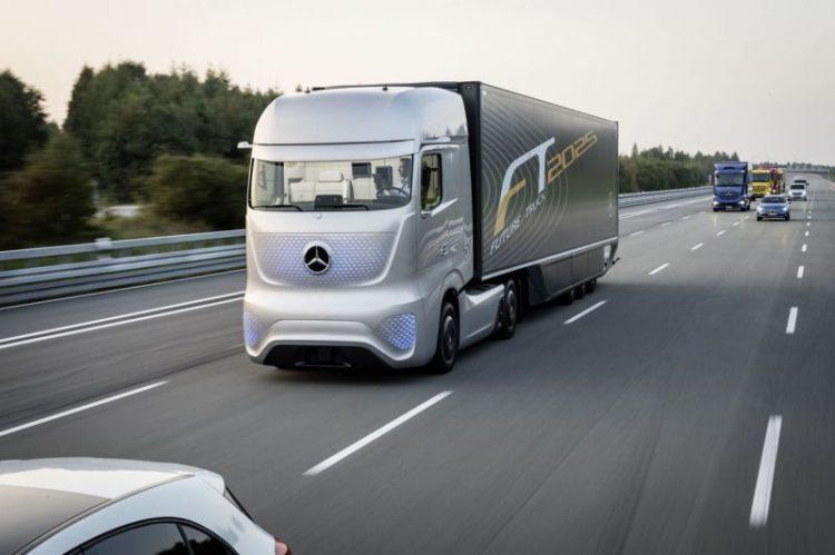 mercedes-future-truck-2025-tecnologiamaestro-min