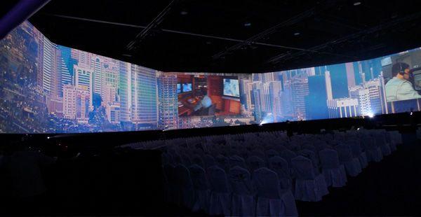 pantallas-gigantes-tecnologiamaestro-min