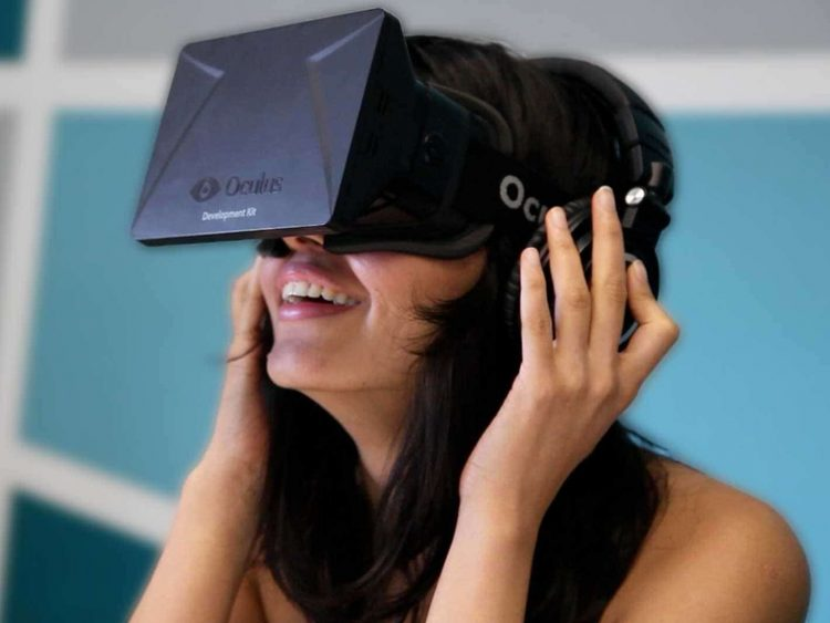 oculus-rift-foto-chica-tecnologiamaestro-min