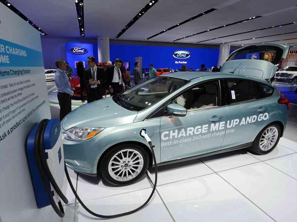 ford-auto-electrico-tecnologiamaestro-min