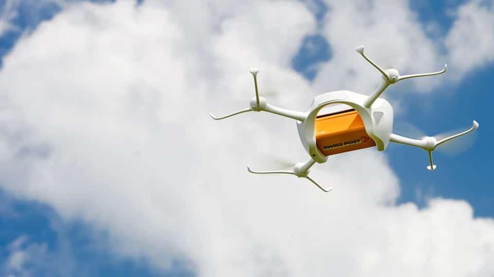 suiza-drones-servicio-postal-tecnologiamaestro-min