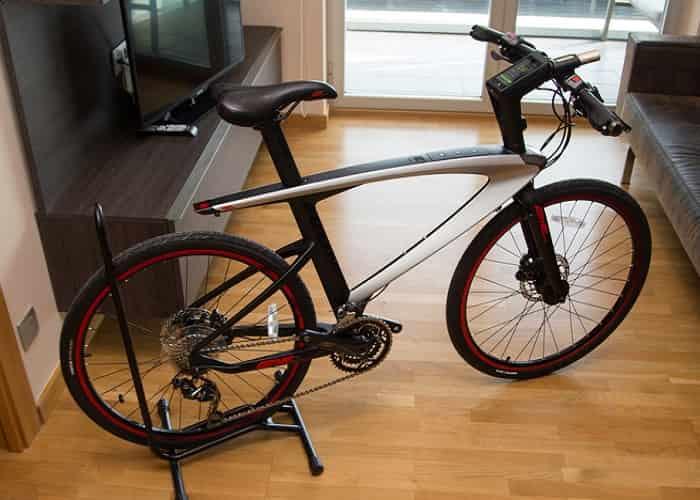 le-super-bike-foto-real-tecnologiamaestro-min